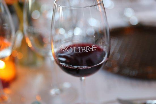 Paso Robles, كاليفورنيا: Oso Libre Wine Glass