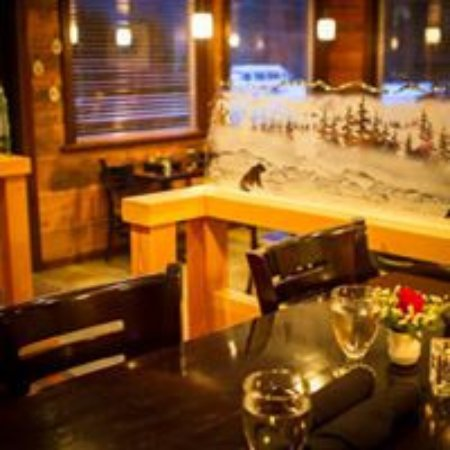 Bella Coola, Canadá: A lovely casual fine-dining bistro.