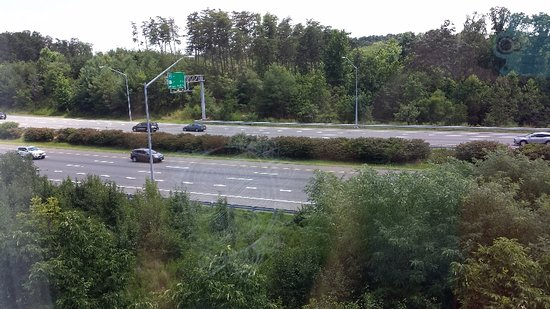 Elkridge, MD: View of traffic from room