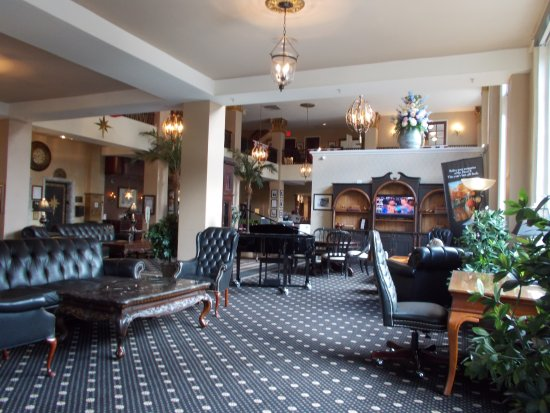 Historic Hotel Bethlehem: GREAT LOBBY