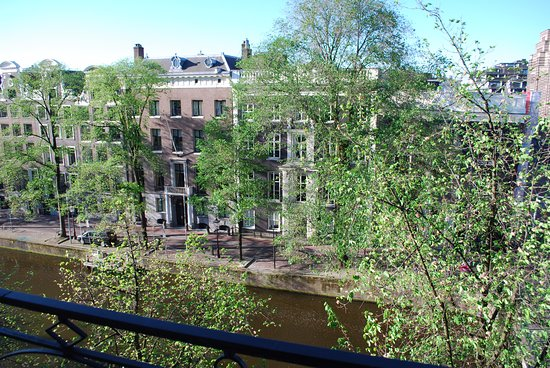 Banks Mansion: View from our room of the Herengracht