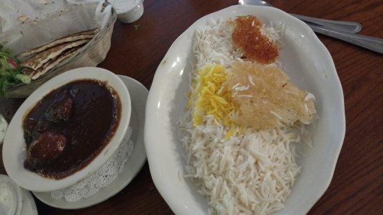 Alborz Persian Restaurant: fesenjun with rice