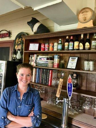 Millboro, VA: Bar Tender!!!