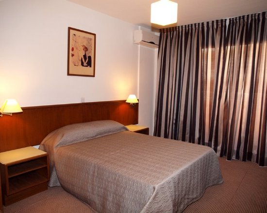 Petrou Bros Hotel Apartments