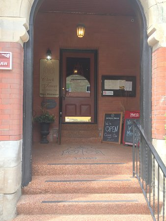 Strathroy, Canada: The front door