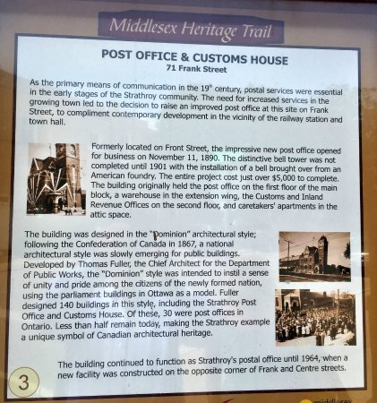 Strathroy, Canada: Nearby plaque with the history of the building