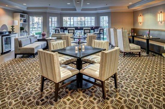 Del Mar, CA: Honors Club Lounge