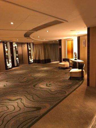 Royal Park Hotel: photo1.jpg