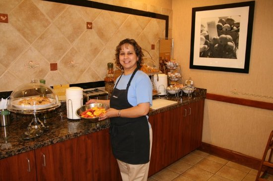 Humble, TX: Complimentary Breakfast