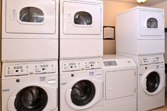 Plainfield, IN: Laundry Facility