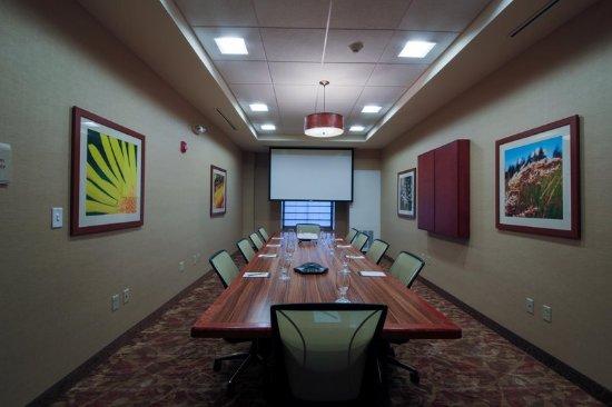 Cedar Falls, IA: Meeting Space