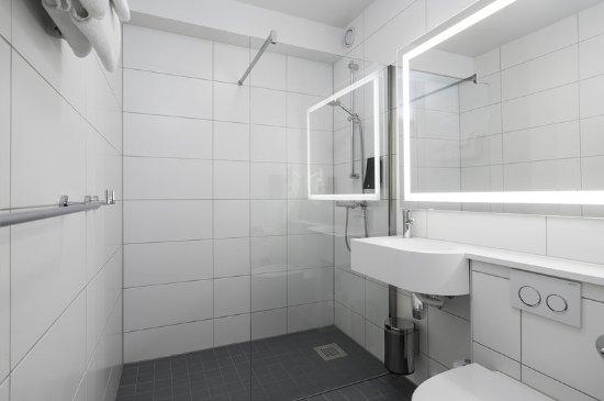 Gardermoen, Norway: Bathroom