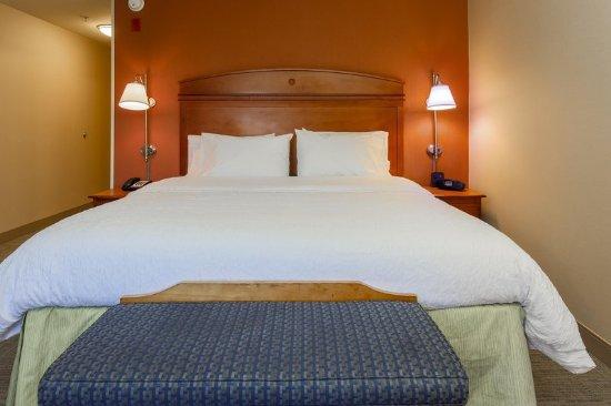 Smithfield, RI: King standard bed