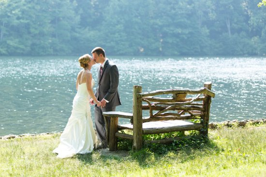 Bear Mountain Inn's Overlook Lodge: Wedding