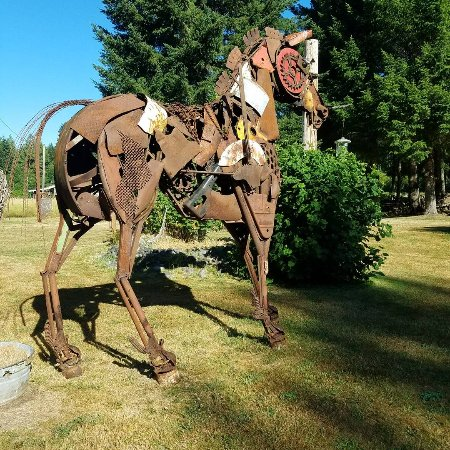Recycled spirits of iron, Sculpture: IMG_20170725_204416_045_large.jpg