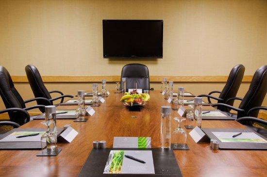 Bloomingdale, IL: Boardroom