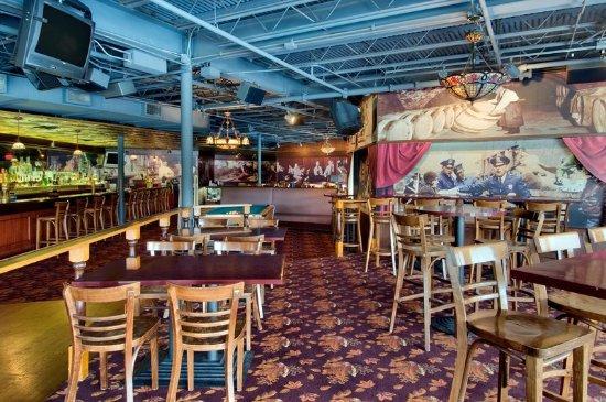Bloomingdale, IL: Izzy & Moe's Speakeasy