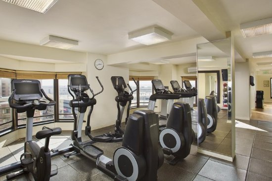 Rosemont, IL: Fitness Center Cardio Equipment