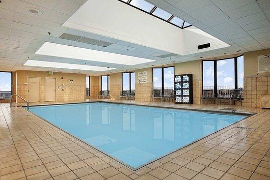 Роузмонт, Илинойс: Hilton Rosemont Pool