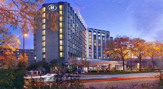 Rosemont, IL: Hotel Exterior