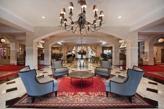 Pearl River, Estado de Nueva York: Comfortably Elegant Lobby