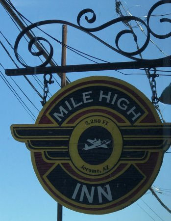 Mile High Inn : photo2.jpg
