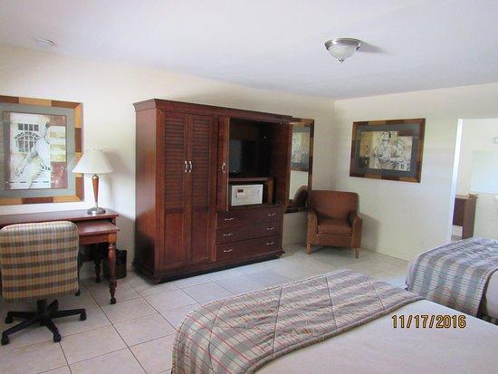 Alvin Double Room