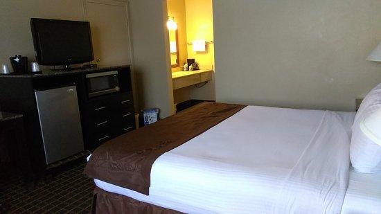 Quality Inn Chula Vista San Diego South: IMG_20170723_132130_large.jpg