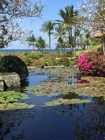 Grand Hyatt Bali: Vue sur l'Océan et splendides bouquets