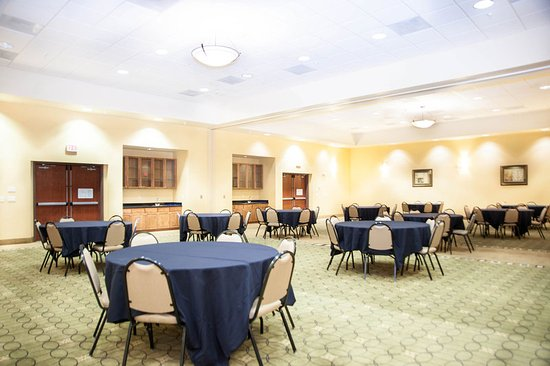 GreenTree Inn & Suites Florence: Banquet Room