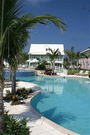 Old Bahama Bay: Infinity edge pool