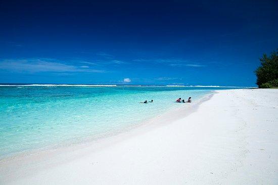 Northern Mariana Islands, Mariana Islands: Teteto Beach, Rota. Photo by Junji Takasago