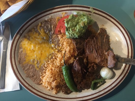 Reedsport, OR: Carne Asada plate - Hot and delicious!!