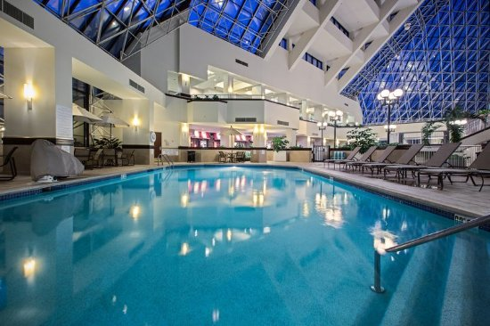 Crowne Plaza St Louis Airport Updated 2017 Prices Hotel Reviews Saint Louis Mo Bridgeton