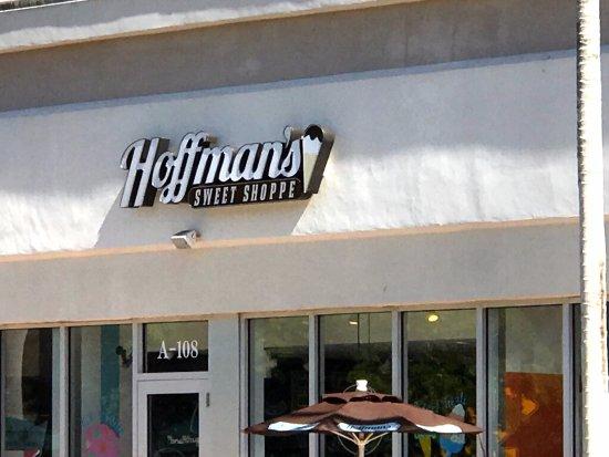 Plantation, FL: front of Hoffman's Sweet Shoppe