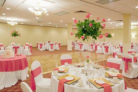 Peabody, MA: Ballroom