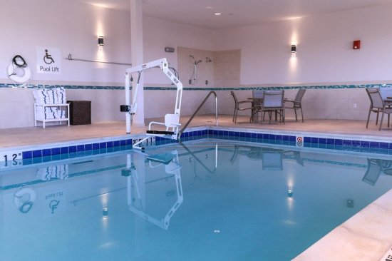 Centennial, CO: Indoor Pool with Chair Lift