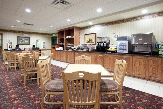 เมริเดียน, ไอดาโฮ: CSI Boise West Breakfast Room
