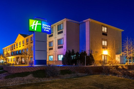 Alamosa, CO: Holiday Inn Express & Suites Newly reovated Spring 2015