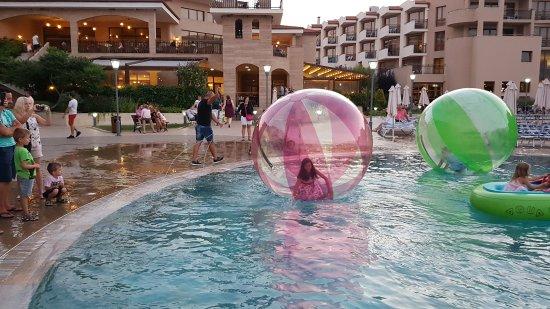 Club Hotel Miramar: 20170721_205010_large.jpg