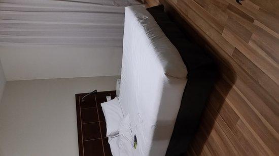 Arenas Atiram Hotels: 20170722_220022_large.jpg