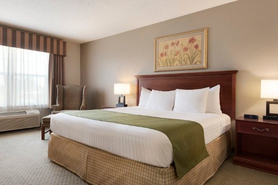 Country Inn & Suites By Carlson, St. Cloud East, MN: Guest Room