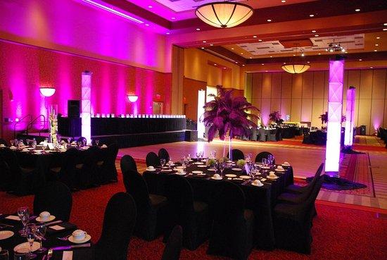 East Peoria, IL: Riverfront Grand Ballroom