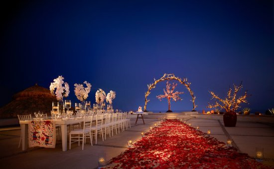 Las Ventanas al Paraiso, A Rosewood Resort: Wedding at La Plaza