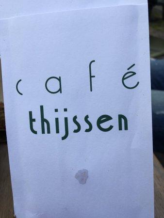 Cafe Thijssen: Riferimenti