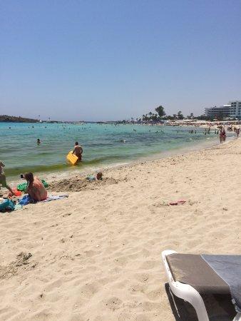 Nissi Beach Resort: Nissi Beach