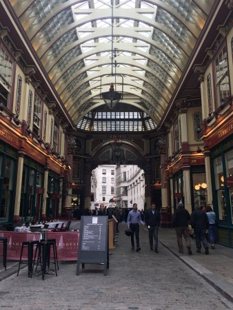 Hotels Near Leadenhall Street London