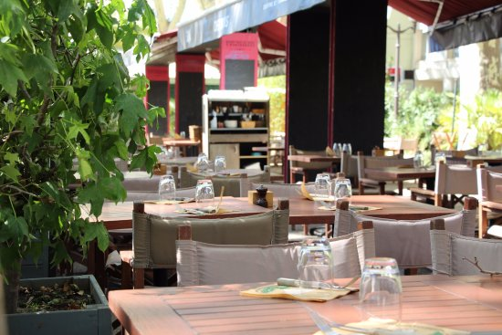 Chez Boris : Terrasse du restaurant