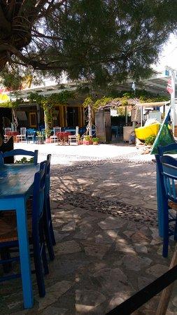 Moutsouna, Grecia: P_20170725_140431_large.jpg