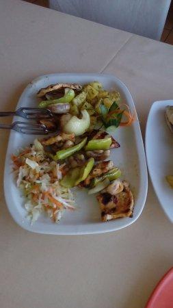 The Old Nessebar Restaurant: Chicken shashlik